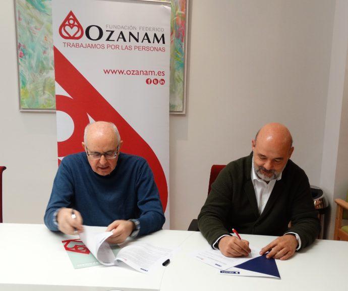 Firma del convenio de colaboración con AQUARA