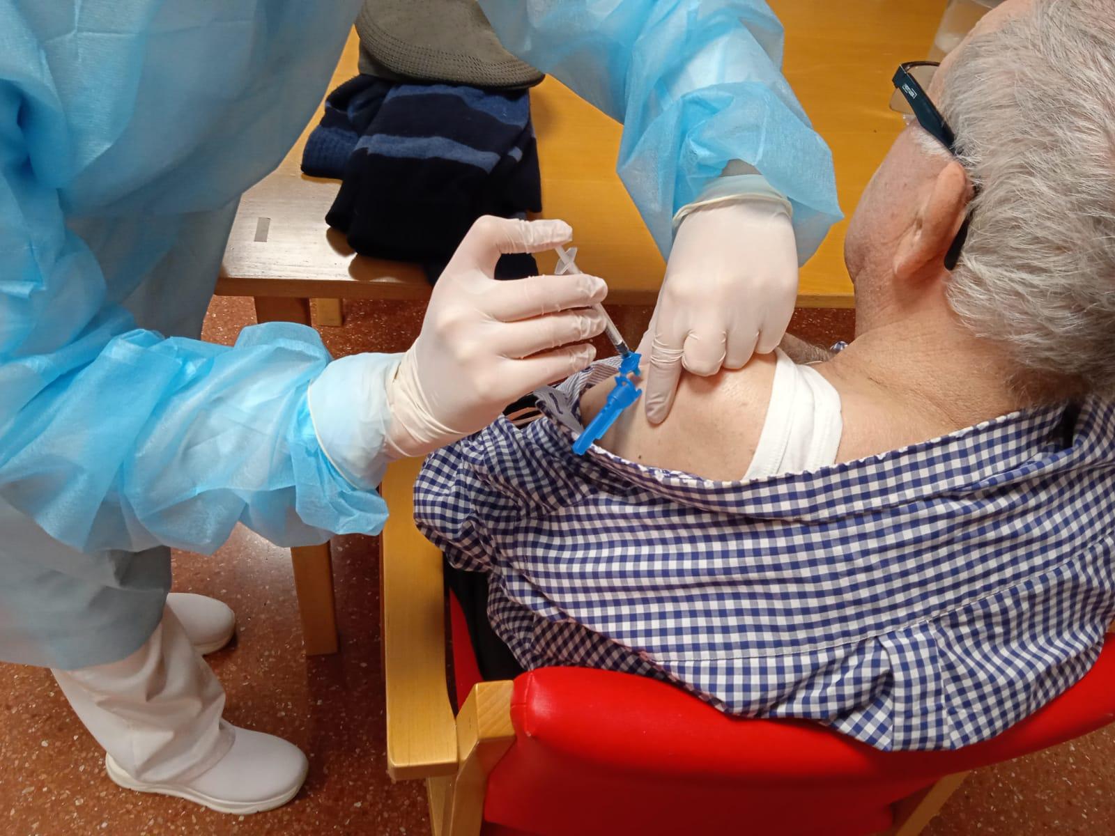 Vacunaciones contra la covid-19 en nuestros centros